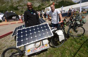 Guillaume Devot et Florian Bailly,inventeurs, avec Hugues Escarguel de la Sun Travel