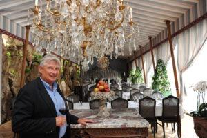 Louis Privat, fondateur des Grands Buffets de Narbonne et inventeur de la tente d'apparat pour dîners romantiques. Photo TopSud News