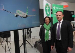 Nathalie Stabler, présidente de Transavia et Emmanuel Brehmer, président de l'aéroport de Montpellier dévoilent les nouvelles destinations vers le sud.